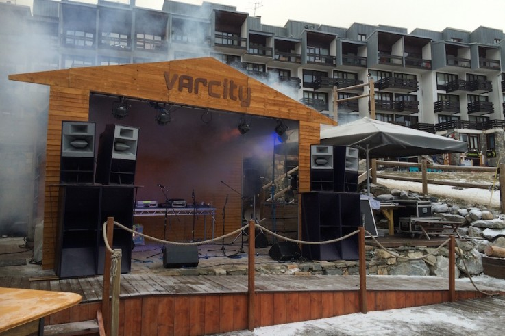 varcity outdoor event tignes production build