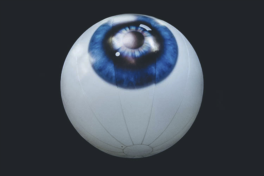inflatable-giant-eyeball-okoru-events