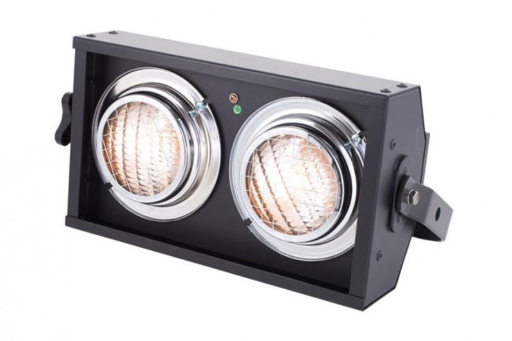 Showtec 2 Cell Active Stage Blinder DMX