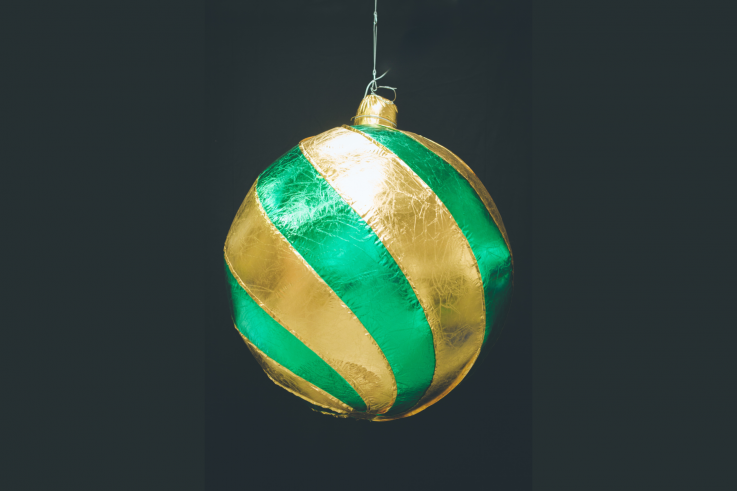 Inflatable Gold Green Baubel