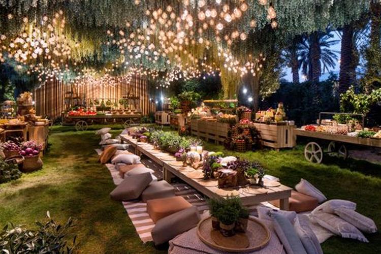 garden parties in the cotswolds okoru. Black Bedroom Furniture Sets. Home Design Ideas